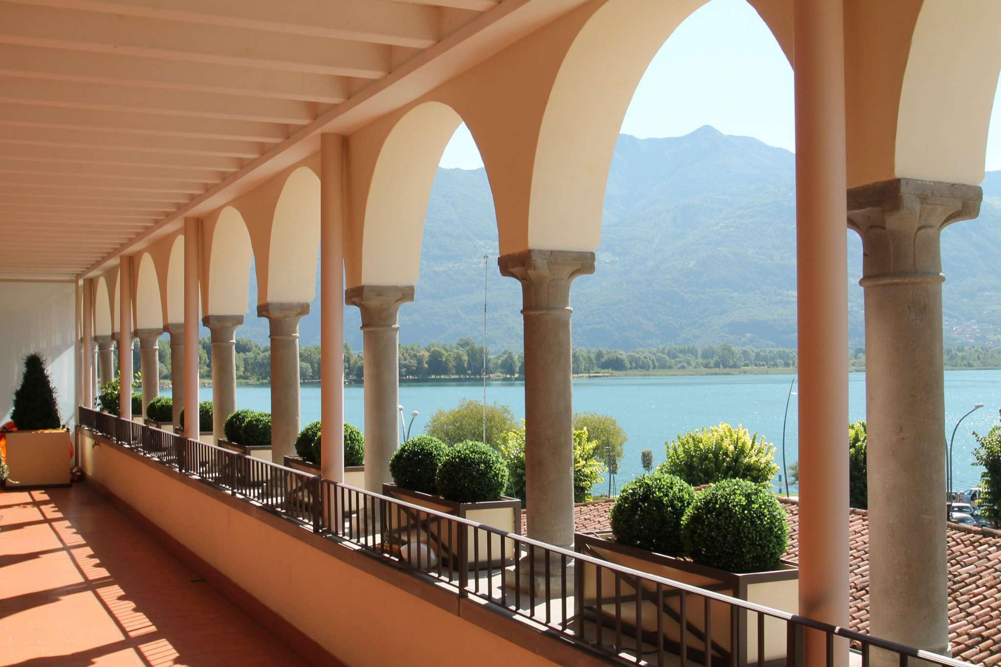 Appartamento in vendita a Lovere, 3 locali, prezzo € 420.000 | Cambio Casa.it