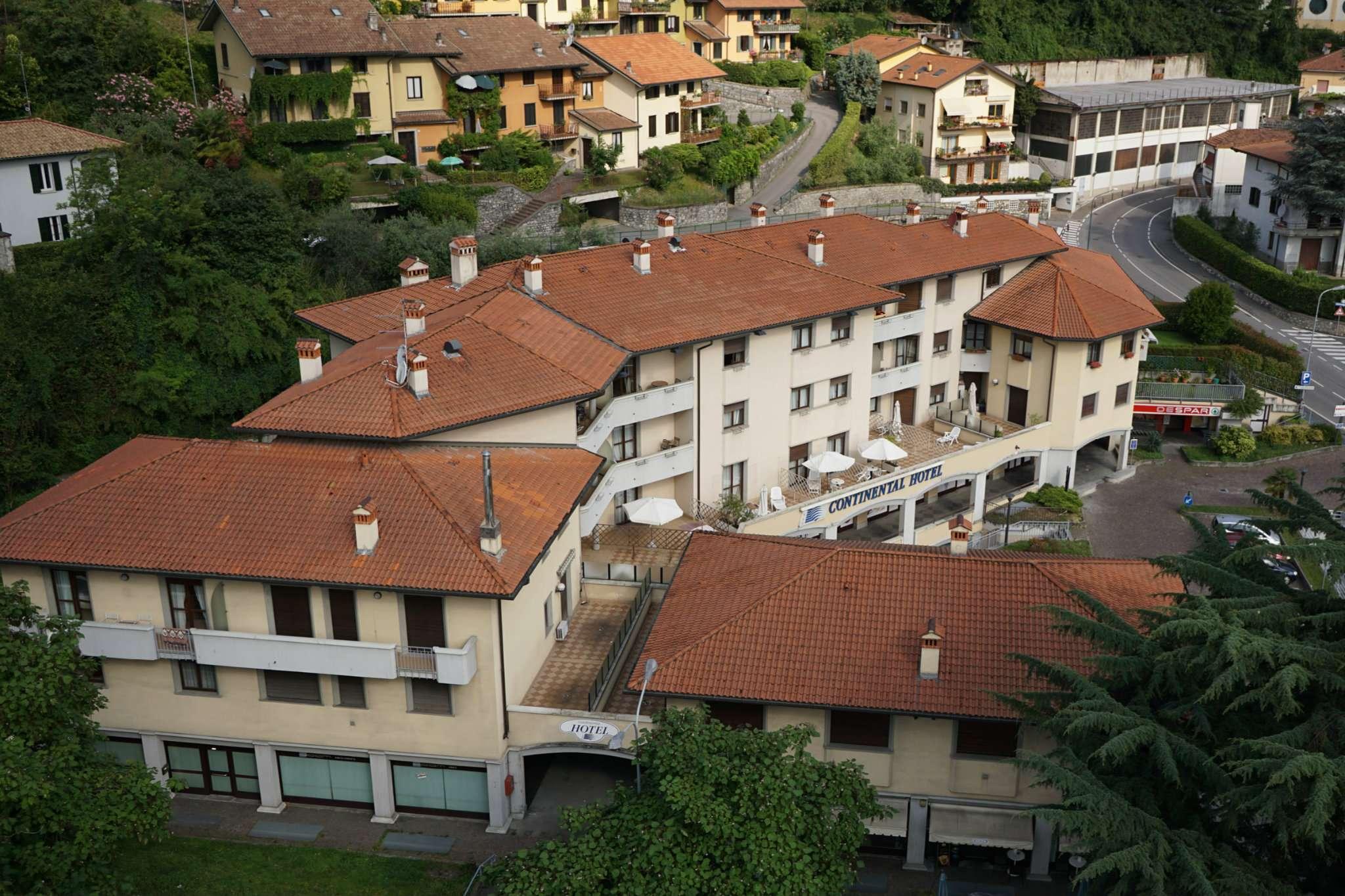 Appartamento in vendita a Lovere, 3 locali, prezzo € 200.000 | CambioCasa.it