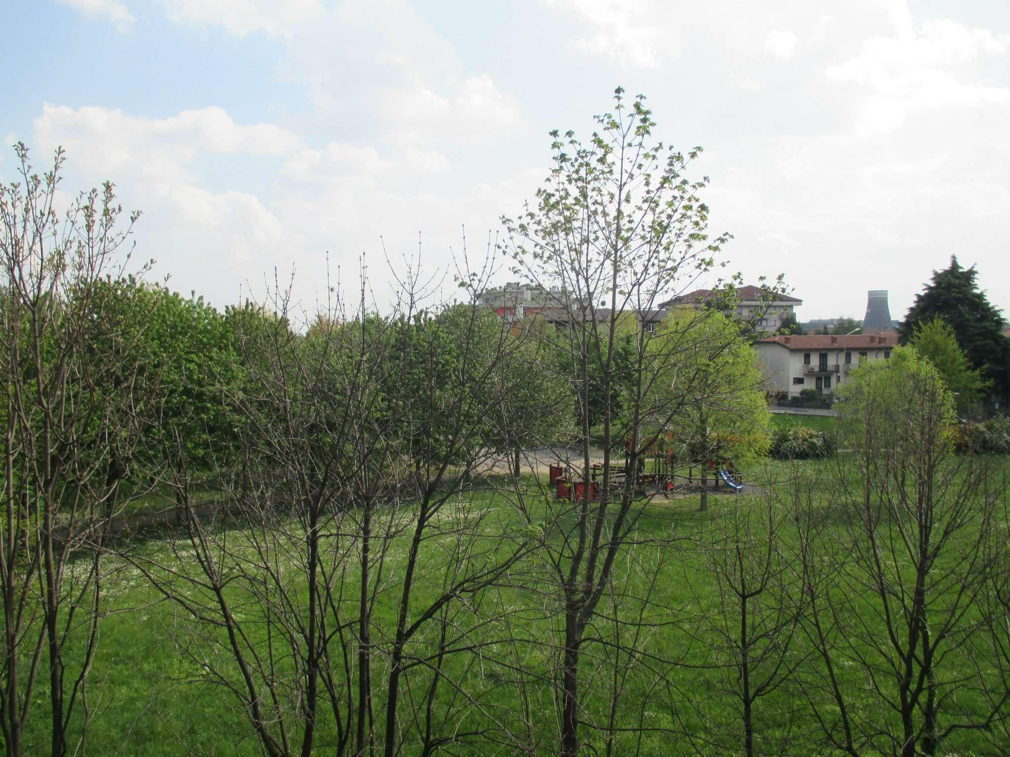 Bilocale Dalmine Via Glicine 9