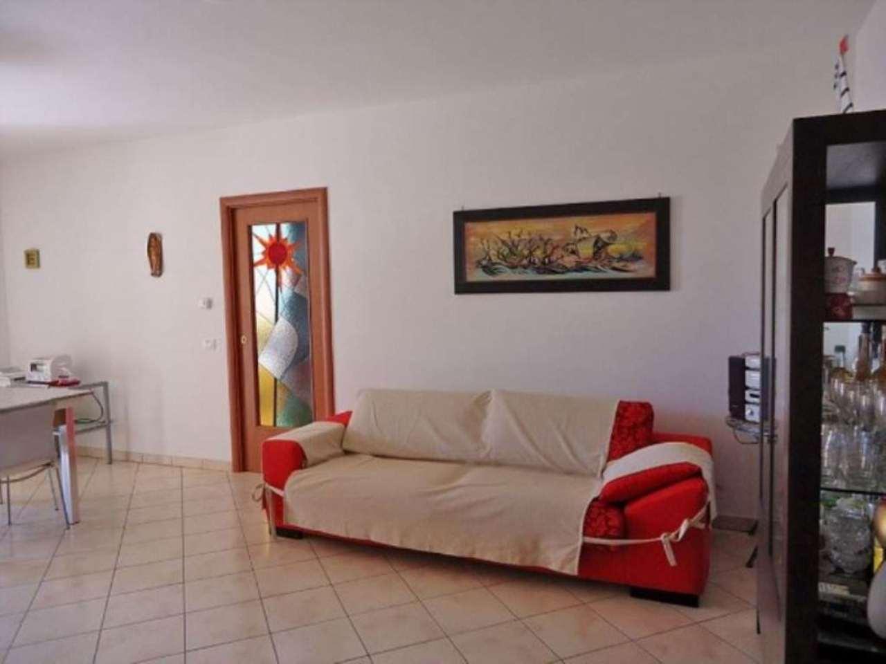 Appartamento in vendita a Sabaudia, 4 locali, prezzo € 190.000 | CambioCasa.it