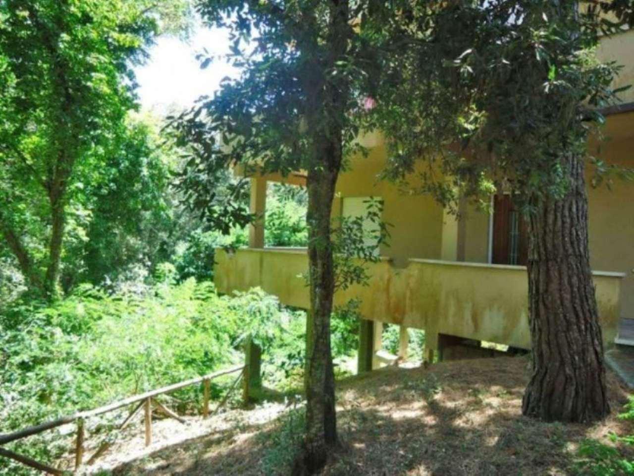 Soluzione Indipendente in vendita a Sabaudia, 5 locali, prezzo € 370.000 | CambioCasa.it