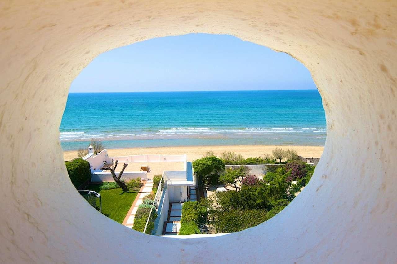 Villa in affitto a Sabaudia, 18 locali, Trattative riservate | CambioCasa.it