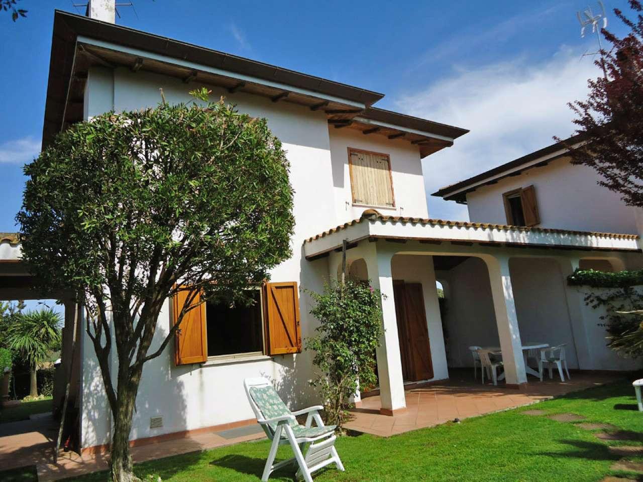 Villa in vendita a Sabaudia, 9999 locali, prezzo € 265.000 | CambioCasa.it