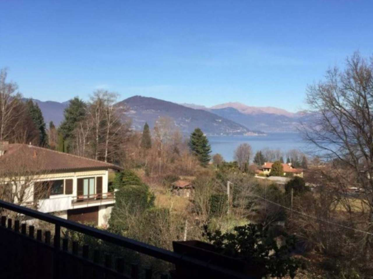 Bilocale Ranco Via Ronchetto 4