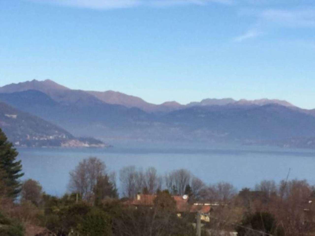 Bilocale Ranco Via Ronchetto 9