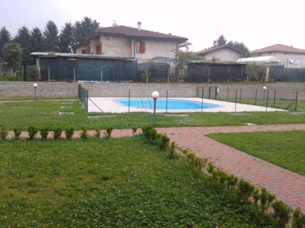 Bilocale Varano Borghi Via Edmondo De Amicis 12