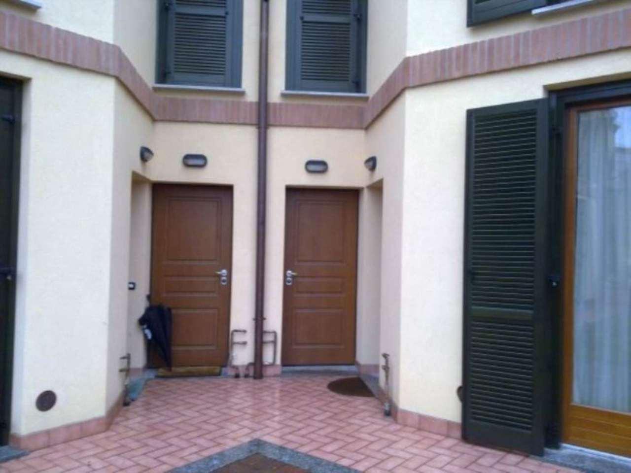 Appartamento in vendita a Varano Borghi, 4 locali, prezzo € 245.000 | Cambio Casa.it