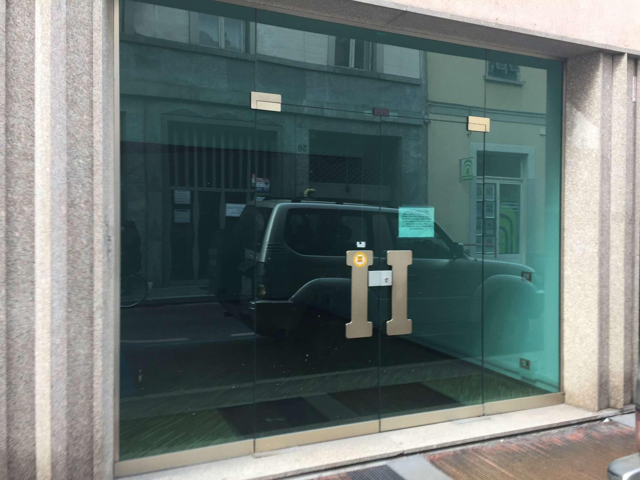 Negozio / Locale in Affitto a Varese