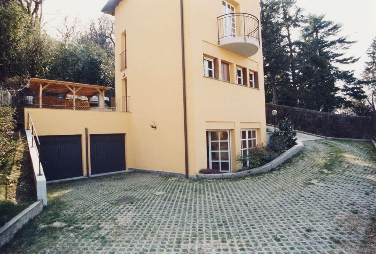 Soluzione Indipendente in affitto a Varese, 8 locali, prezzo € 1.900   CambioCasa.it