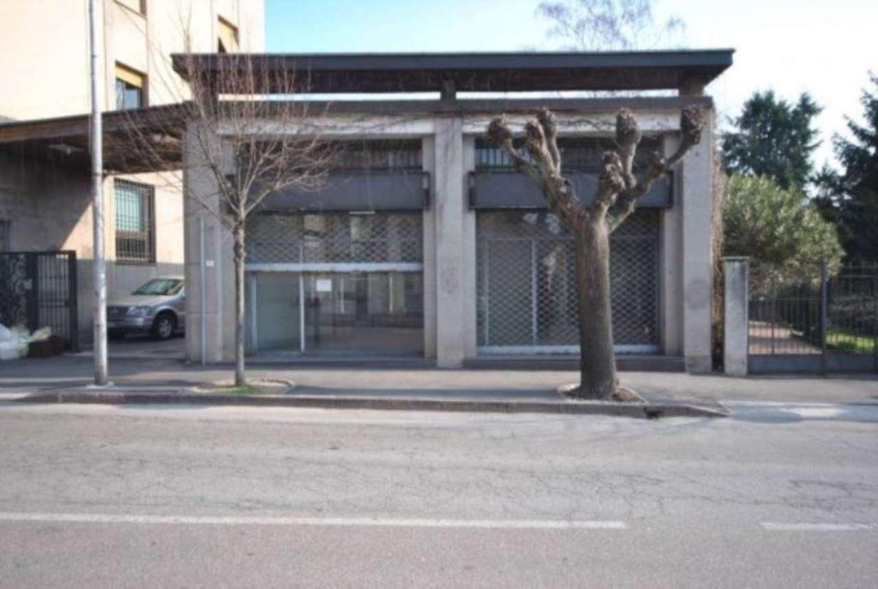 Negozio / Locale in vendita a Arcisate, 2 locali, prezzo € 270.000 | Cambio Casa.it