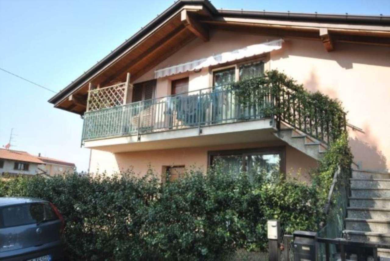 Attico / Mansarda in vendita a Daverio, 3 locali, prezzo € 165.000 | Cambio Casa.it