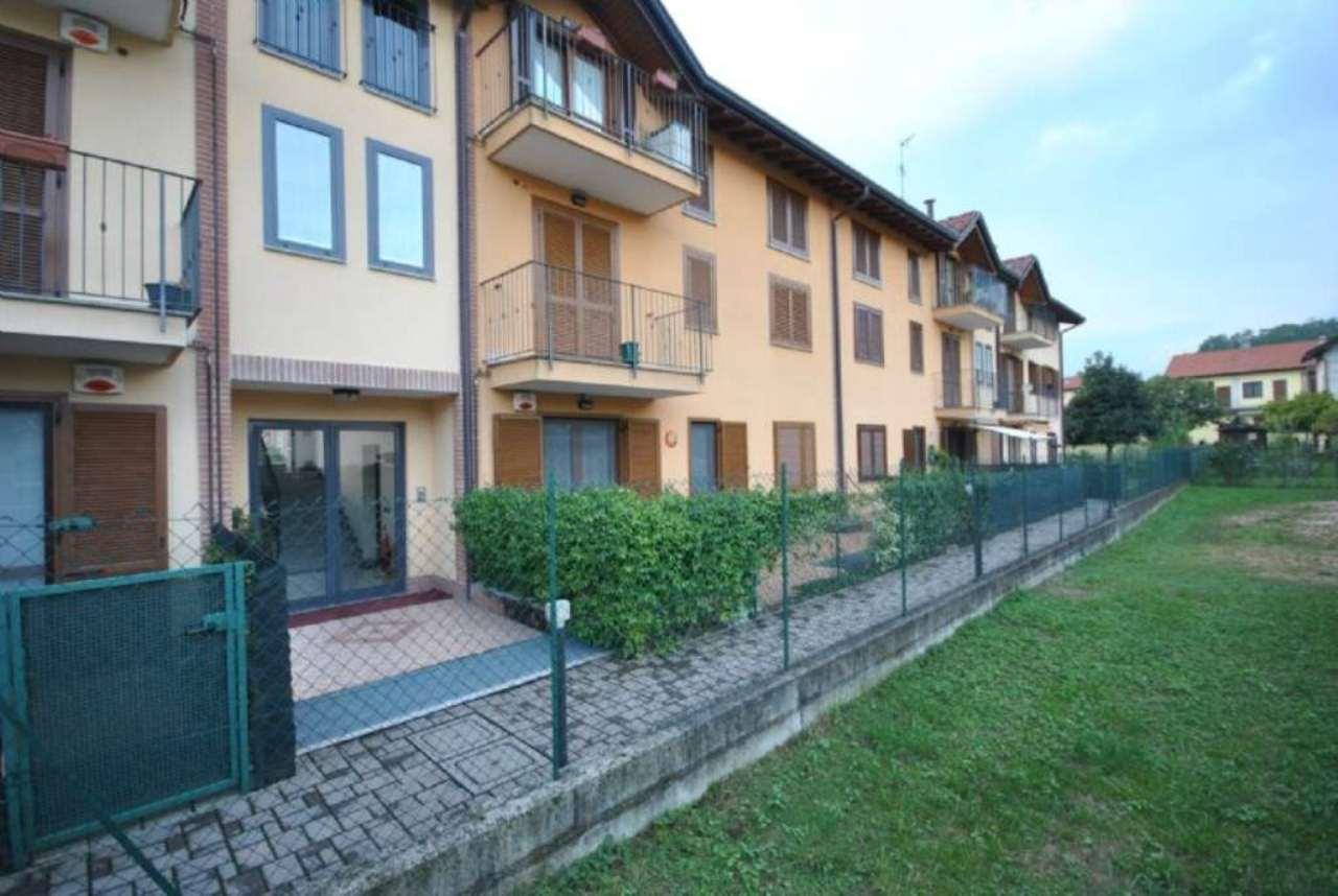 Appartamento in vendita a Lozza, 3 locali, prezzo € 145.000 | CambioCasa.it