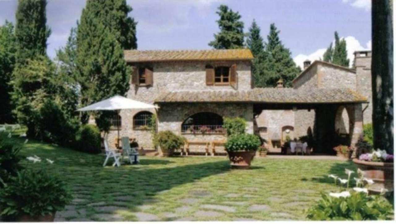 Villa in vendita a Colle di Val d'Elsa, 12 locali, Trattative riservate | Cambio Casa.it