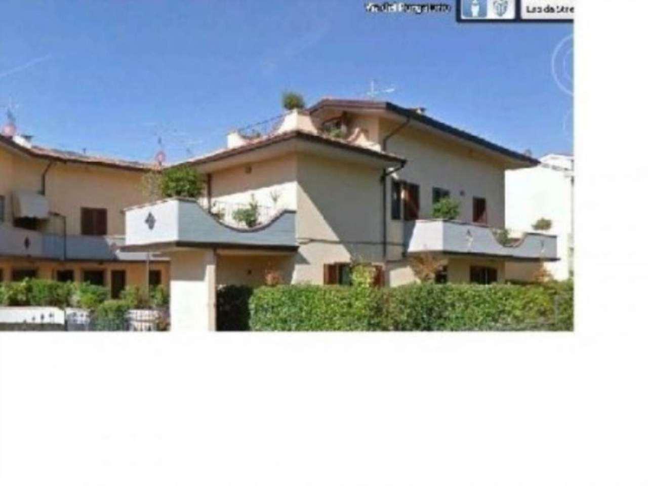 Villa in vendita a Prato, 6 locali, prezzo € 550.000 | Cambio Casa.it