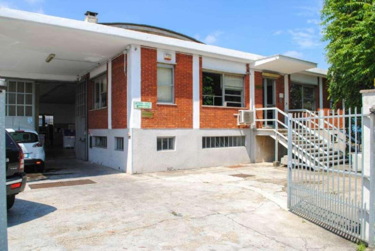 Capannone in vendita a Beinasco, 9999 locali, prezzo € 550.000 | Cambio Casa.it