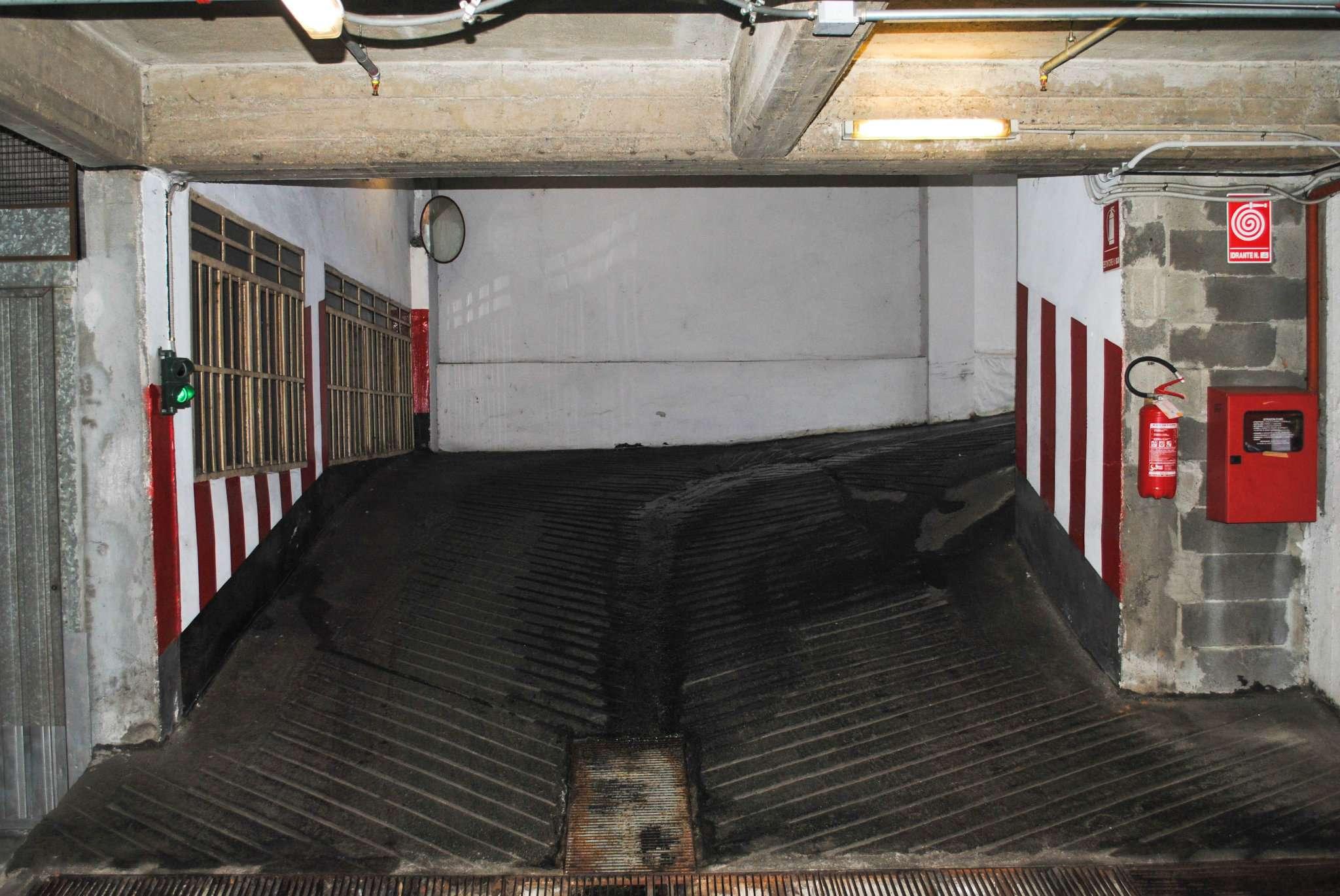 Box garage torino affitto 80 euro zona 7 santa 26 11 2016 for Garage in affitto