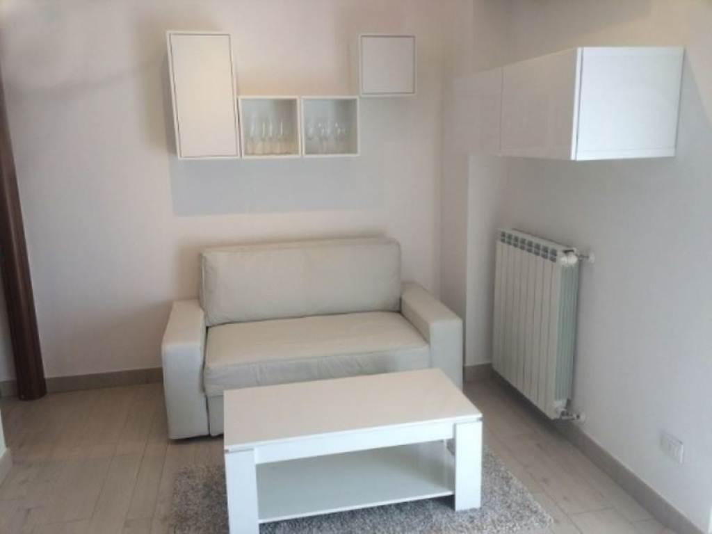 Appartamento in affitto a Cantù, 2 locali, prezzo € 520 | Cambio Casa.it