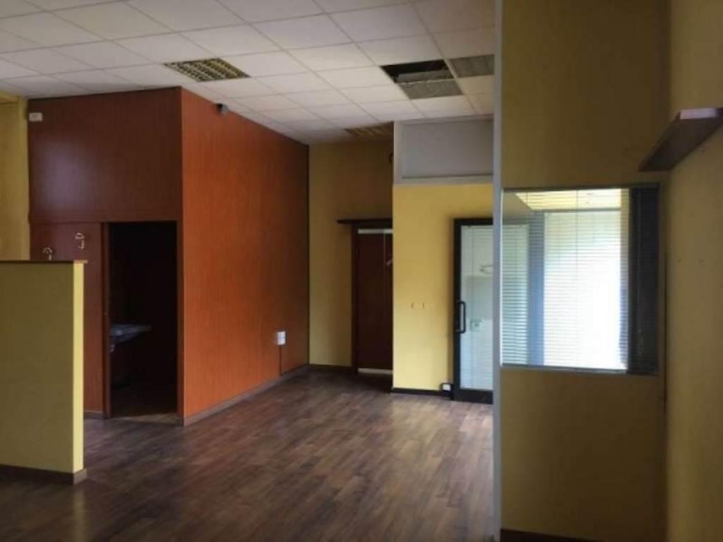 Ufficio / Studio in affitto a Triuggio, 2 locali, prezzo € 600 | Cambio Casa.it