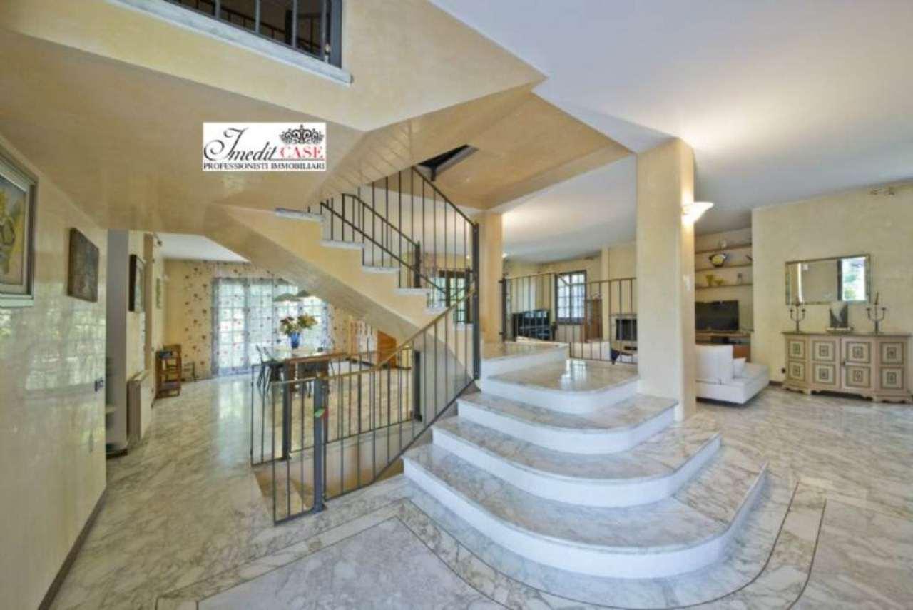 Villa in vendita a Vimercate, 16 locali, prezzo € 950.000 | Cambio Casa.it