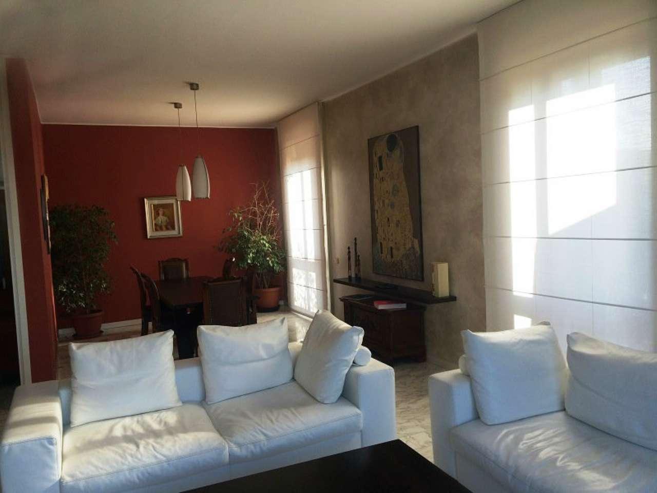 Attico / Mansarda in affitto a Monza, 10 locali, zona Zona: 1 . Centro Storico, San Gerardo, Via Lecco, prezzo € 2.200 | Cambio Casa.it