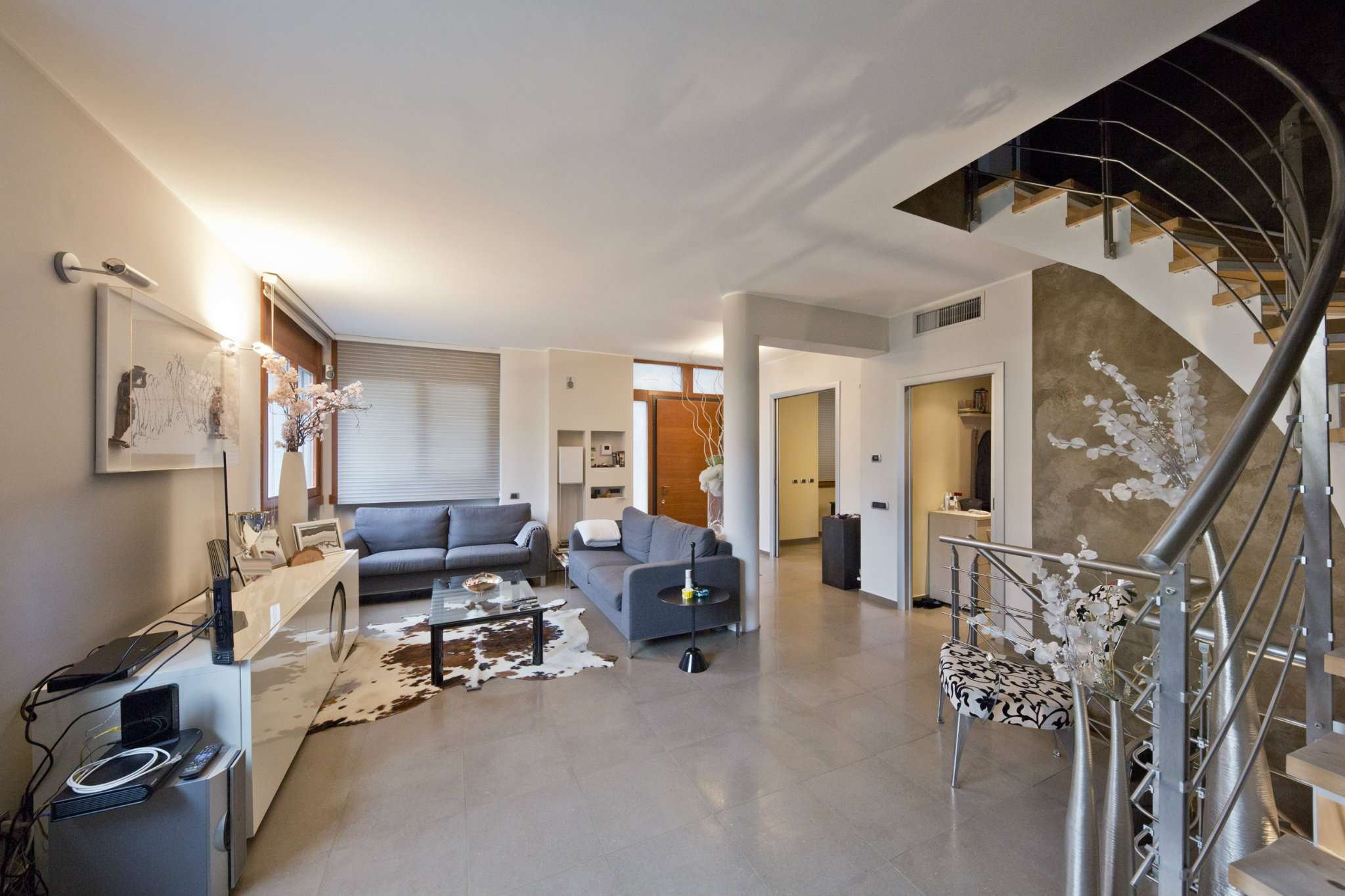 Villa in vendita a Seregno, 13 locali, prezzo € 1.100.000 | Cambio Casa.it