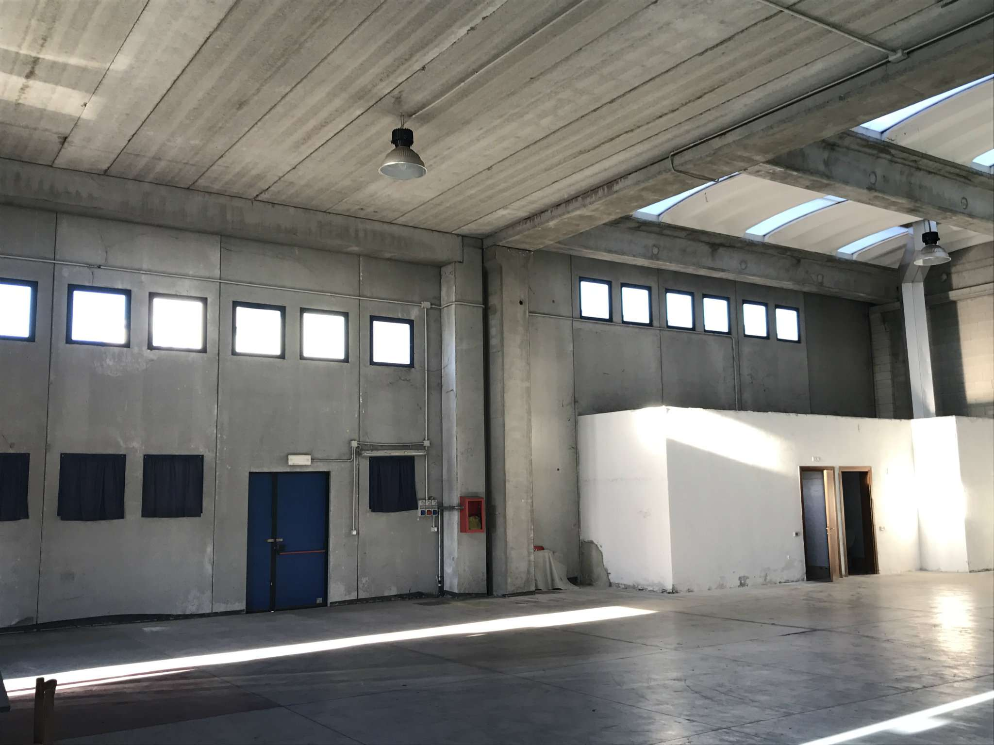 Capannone in affitto a Desio, 1 locali, prezzo € 1.666 | Cambio Casa.it