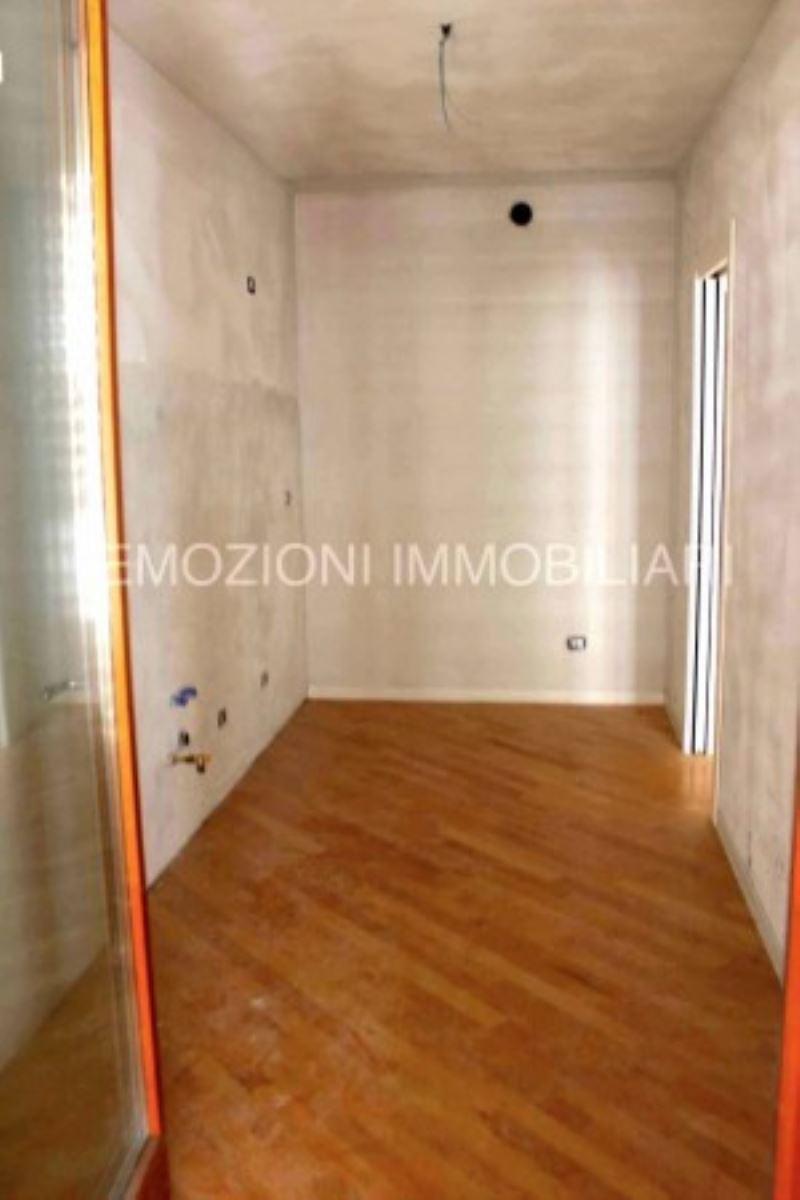 Bilocale Gorgonzola Via Emilia - Romagna 7
