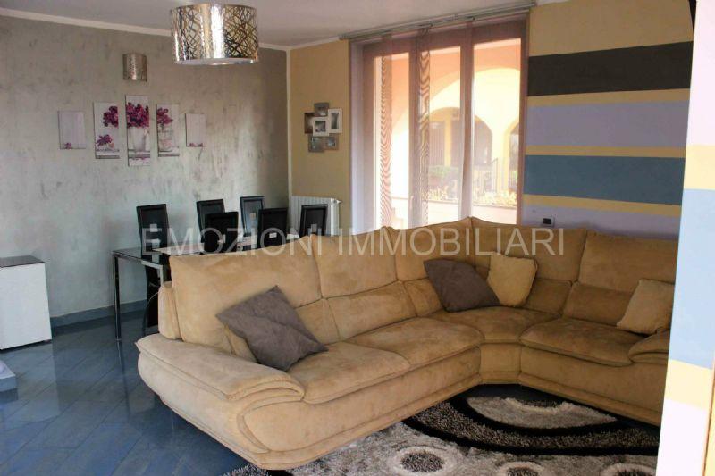 Soluzione Indipendente in vendita a Brugherio, 4 locali, prezzo € 330.000 | Cambio Casa.it