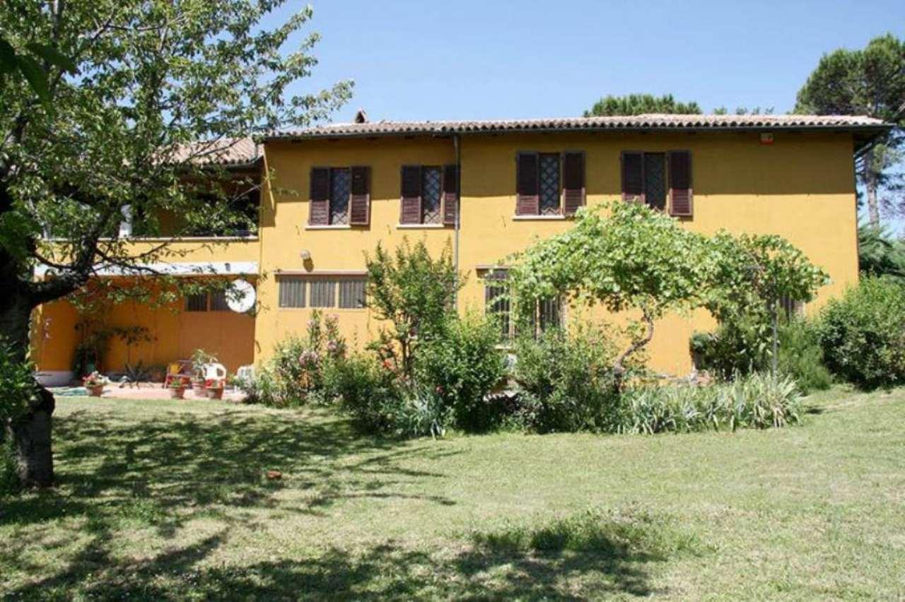 Villa in Vendita a Cigognola
