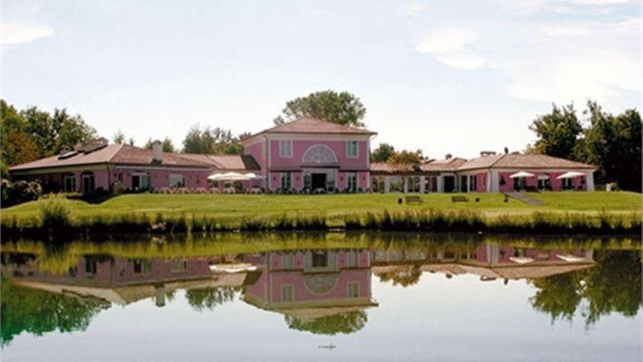Villa in vendita a Bogogno, 6 locali, prezzo € 450.000 | Cambio Casa.it
