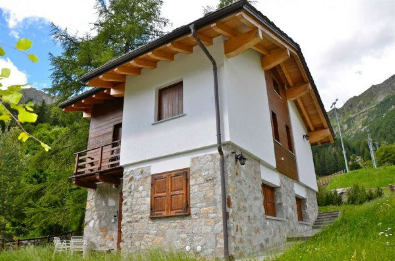 Villa in Vendita a Gressoney-Saint-Jean