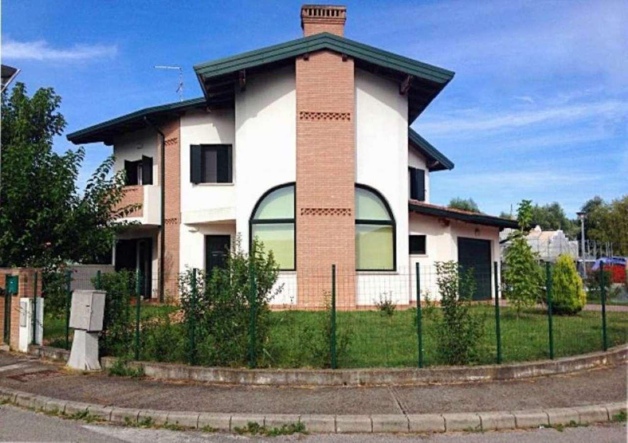 Villa in vendita a San Michele al Tagliamento, 6 locali, prezzo € 245.000 | Cambio Casa.it