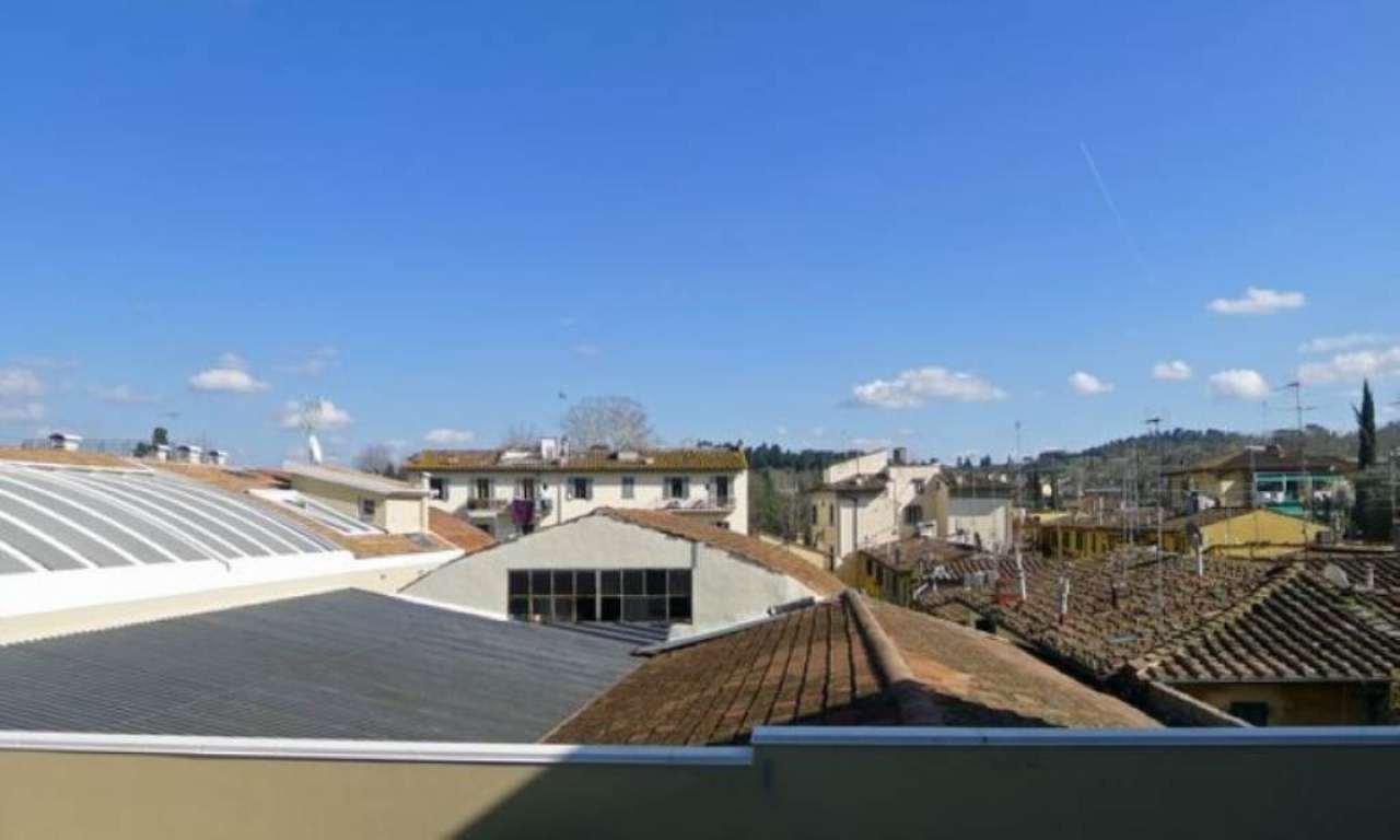 Bilocale Firenze Via Porta Romana 7