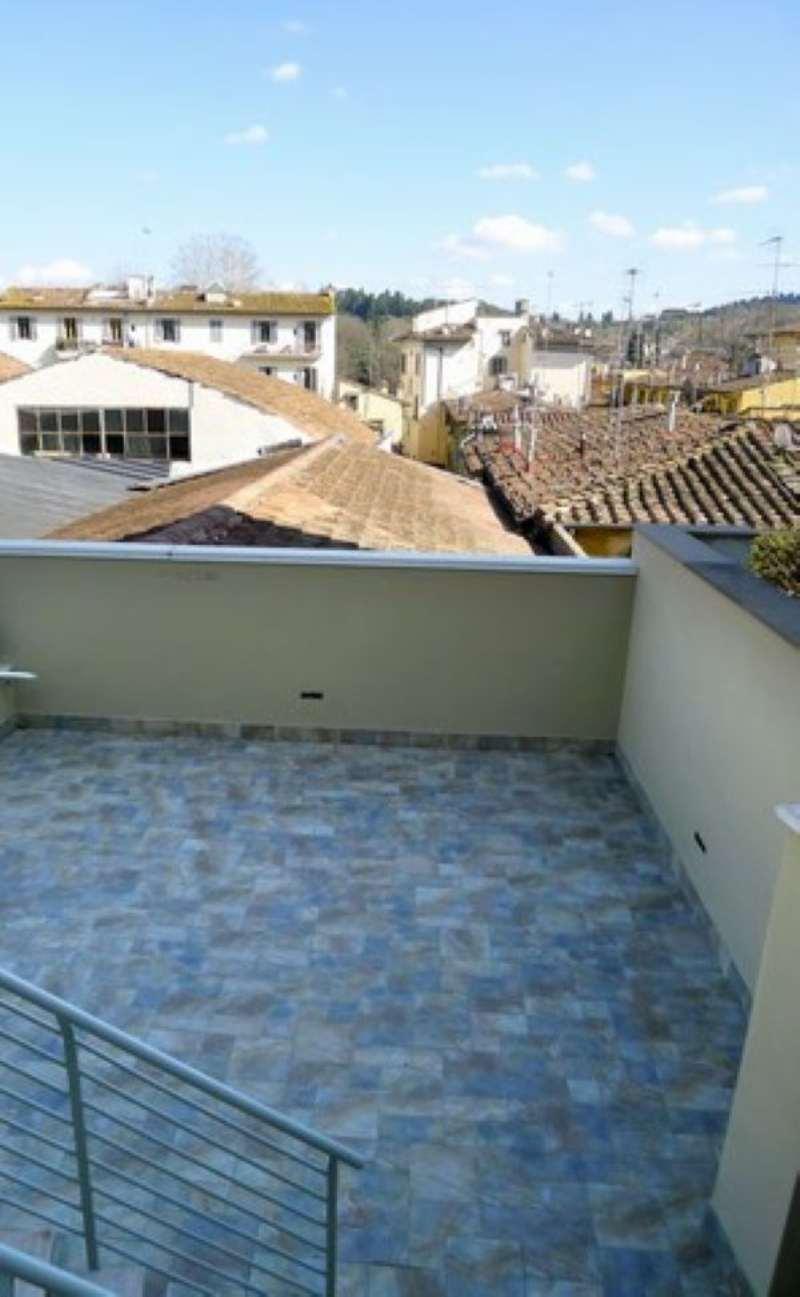 Bilocale Firenze Via Porta Romana 9