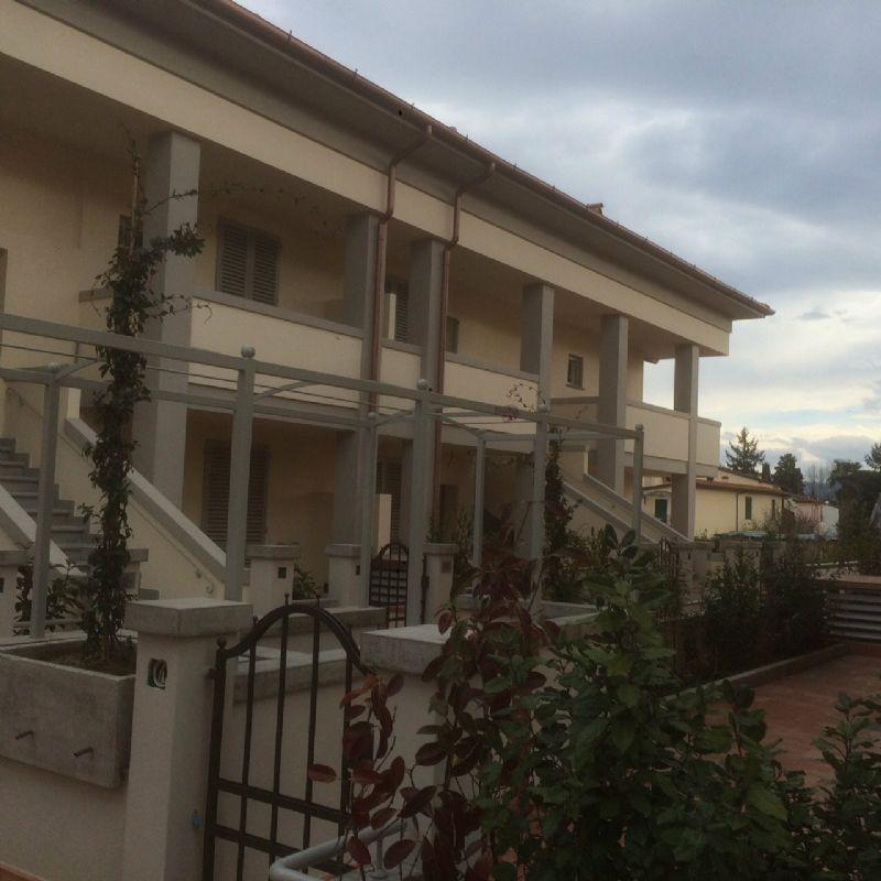 Bilocale Firenze Via Pistoiese 10