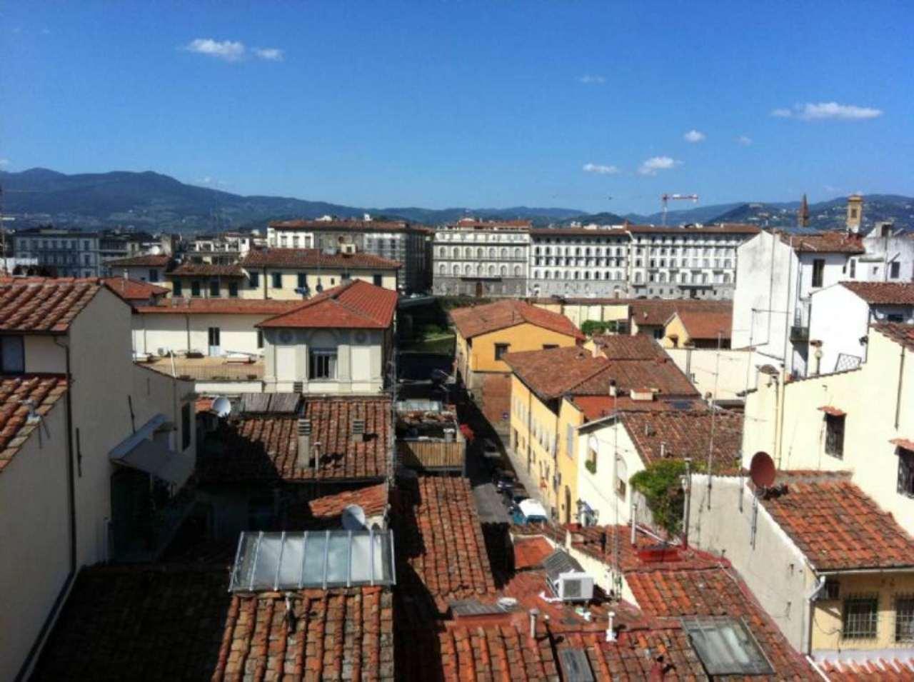Bilocale Firenze Borgo San Frediano 3