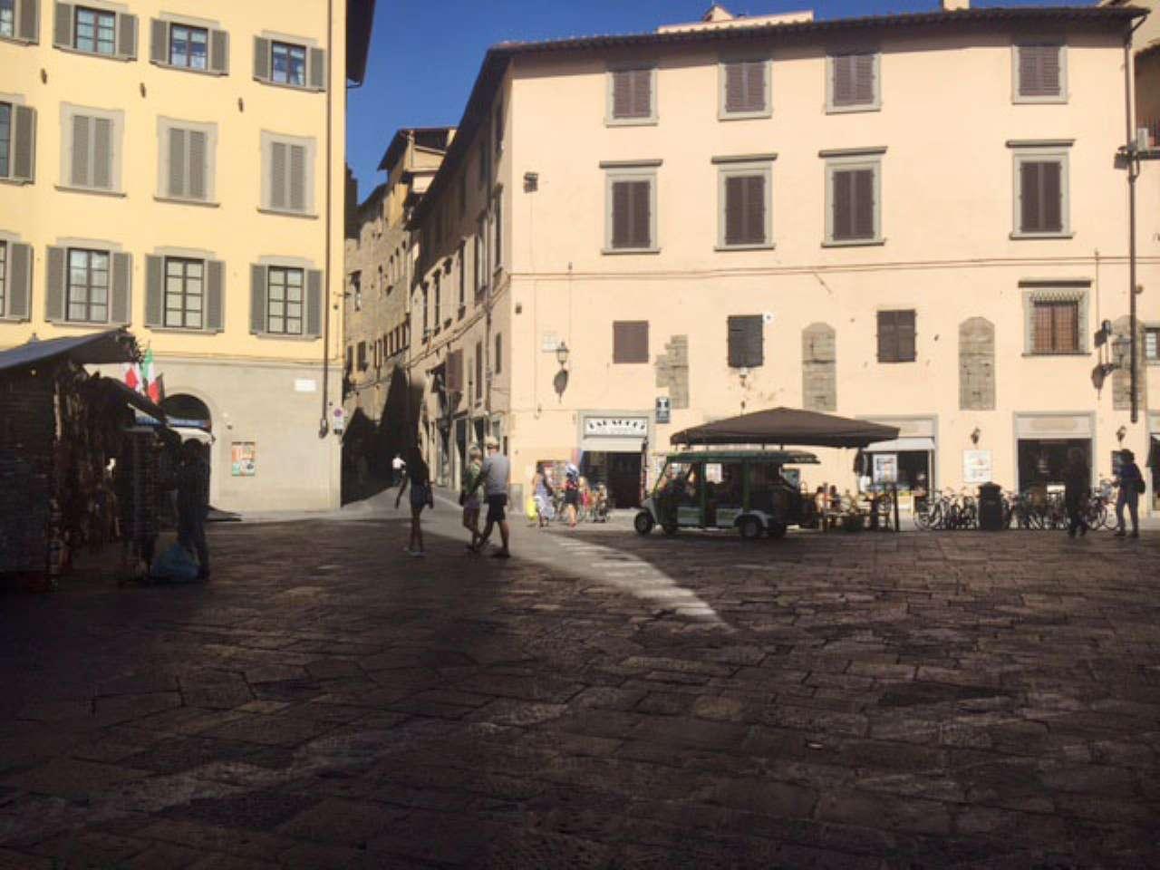 Negozio / Locale in affitto a Firenze, 1 locali, zona Zona: 12 . Duomo, Oltrarno, Centro Storico, Santa Croce, S. Spirito, Giardino di Boboli, prezzo € 1.400 | Cambio Casa.it