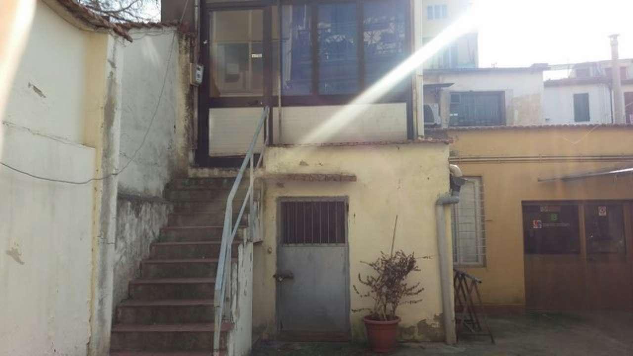 Laboratorio in vendita a Firenze, 2 locali, zona Zona: 16 . Le Cure, prezzo € 110.000 | CambioCasa.it