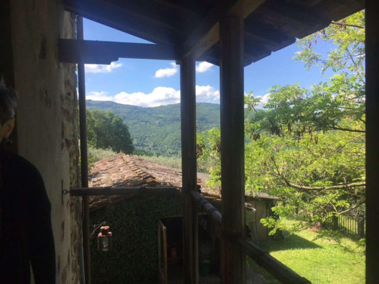 Rustico / Casale in vendita a Rufina, 7 locali, prezzo € 195.000 | Cambio Casa.it