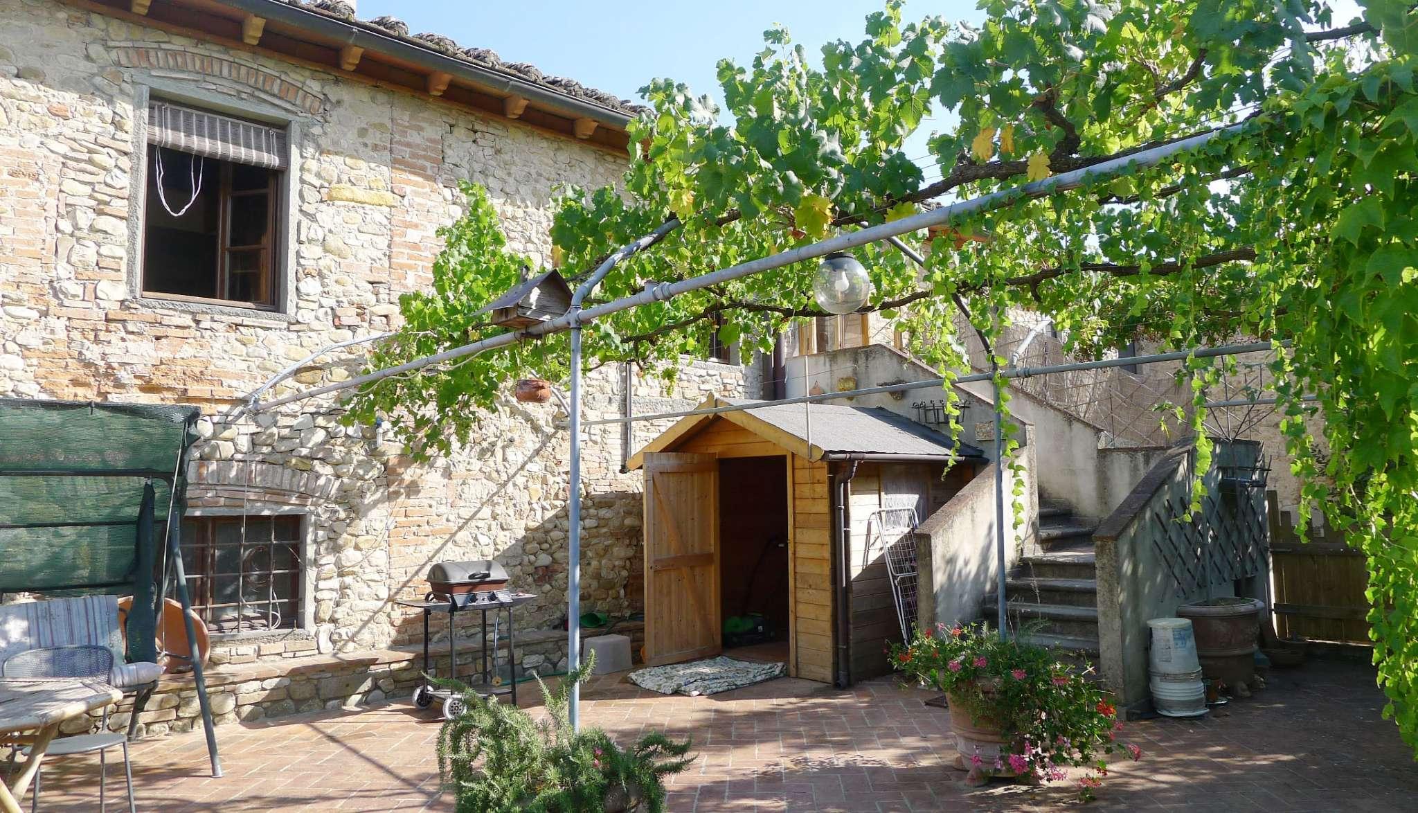 Rustico / Casale in vendita a Montespertoli, 5 locali, prezzo € 420.000 | CambioCasa.it