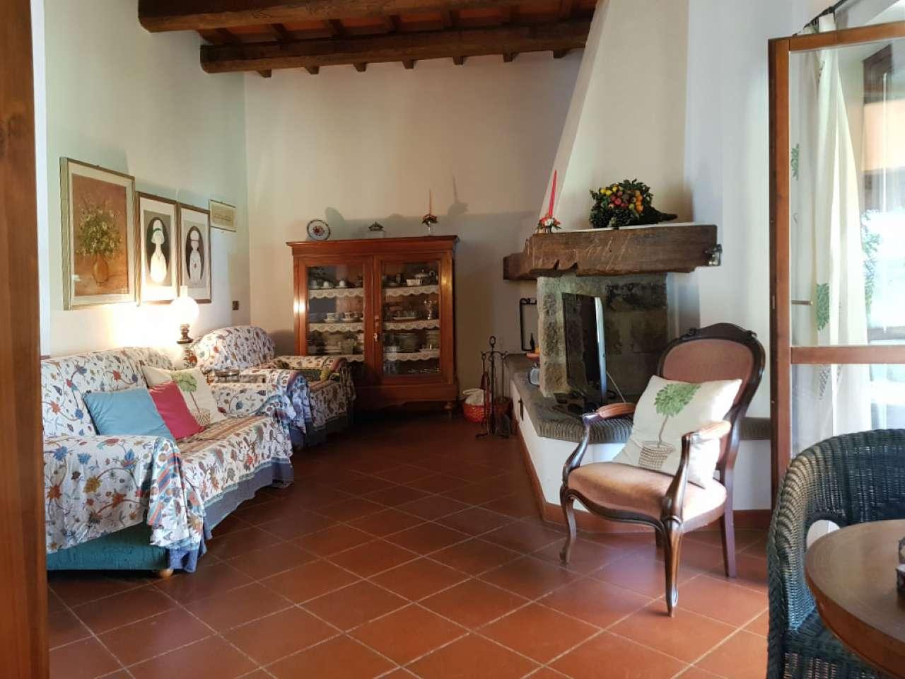 Rustico / Casale in vendita a Rufina, 4 locali, prezzo € 290.000   CambioCasa.it