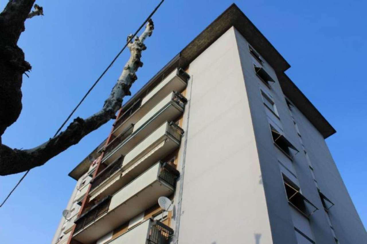 Appartamento in vendita a Varano Borghi, 2 locali, prezzo € 69.000 | Cambio Casa.it