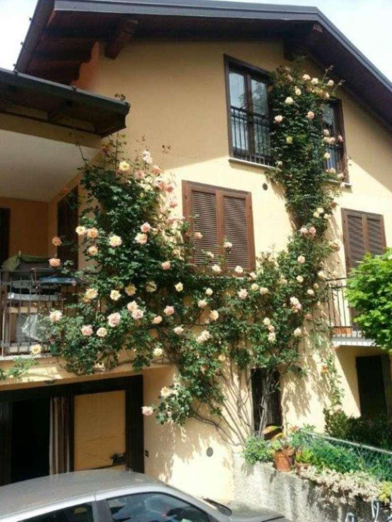 Villa Bifamiliare in Vendita a Mornago