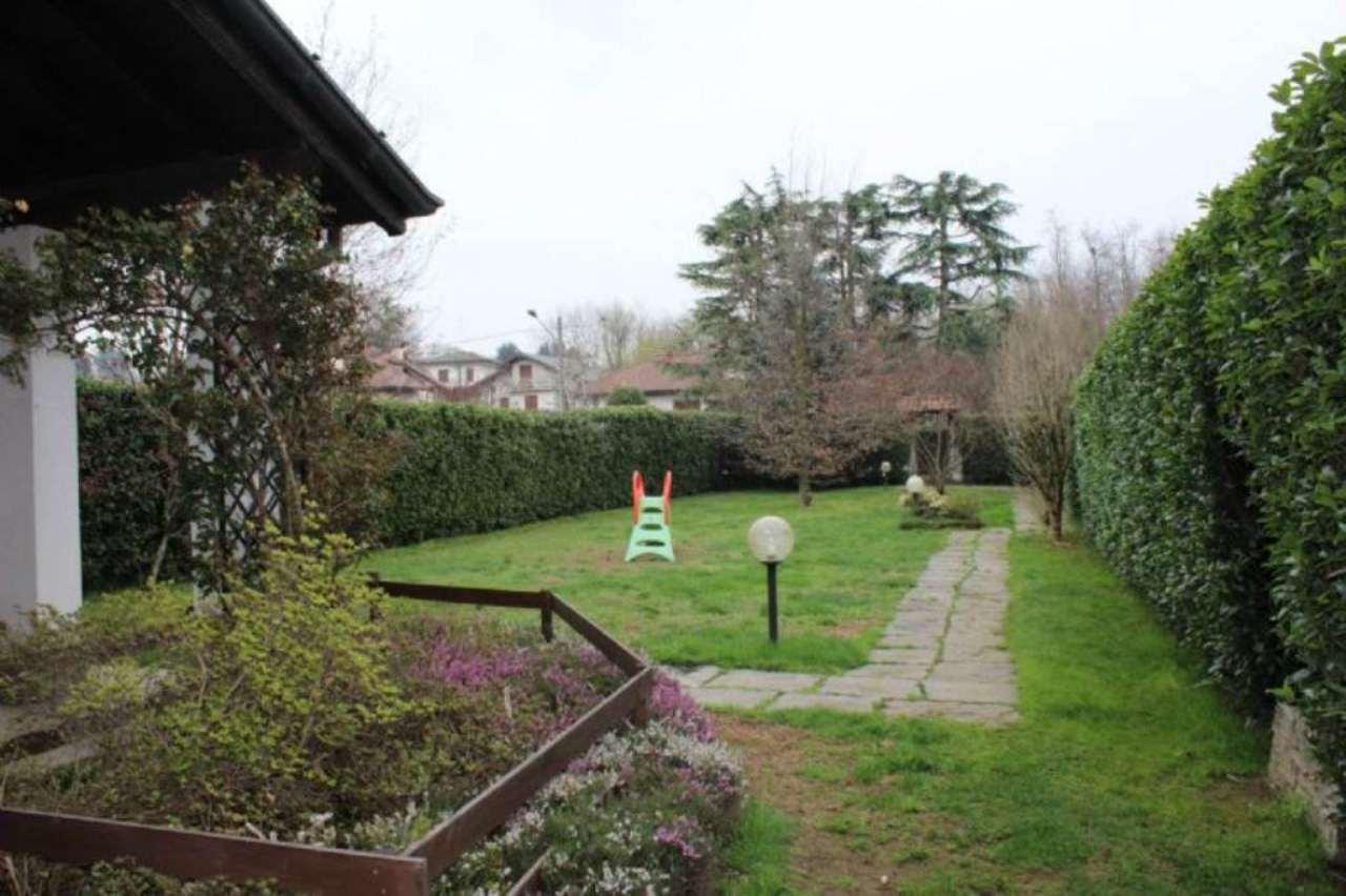 Villa a Schiera in Vendita a Mornago