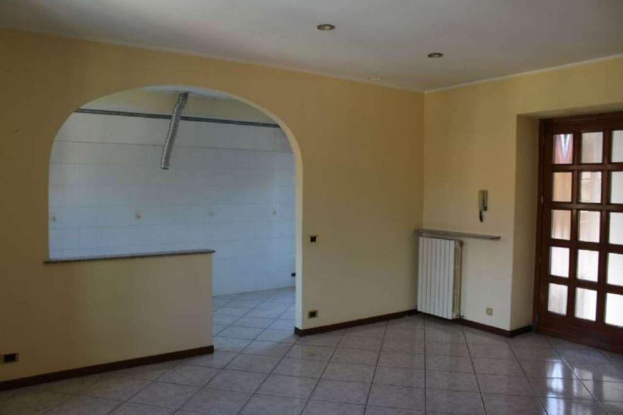 Bilocale Castronno Via Matteotti 3