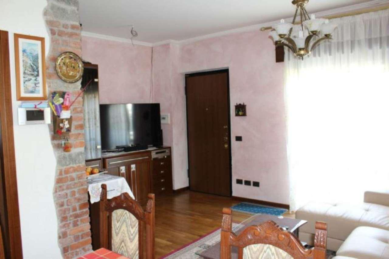 Soluzione Indipendente in vendita a Mornago, 6 locali, prezzo € 230.000 | Cambio Casa.it