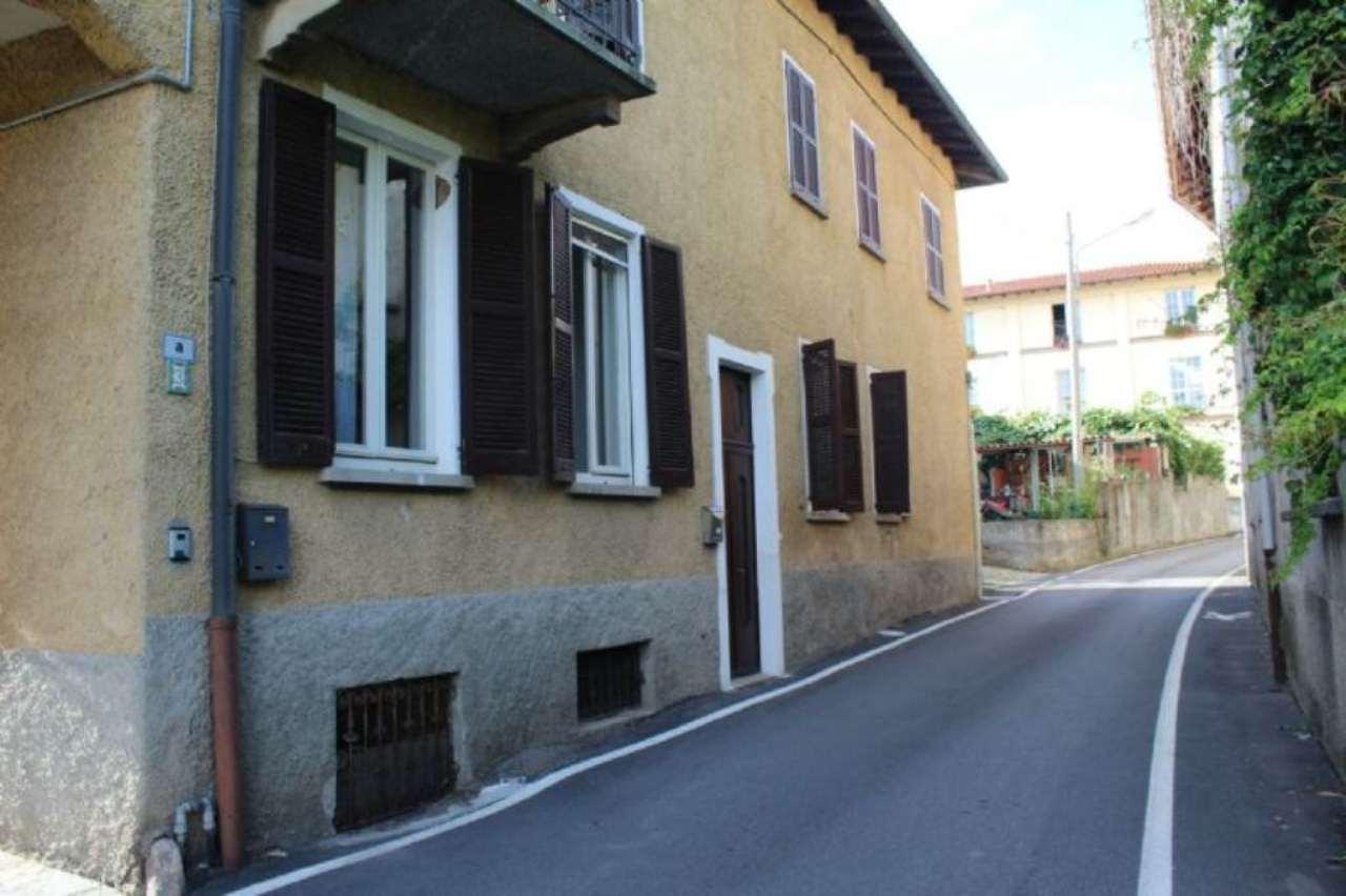 Appartamento in vendita a Daverio, 4 locali, prezzo € 105.000 | Cambio Casa.it