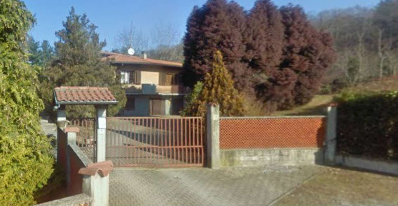 Villa in vendita a Induno Olona, 9 locali, prezzo € 361.500 | Cambio Casa.it