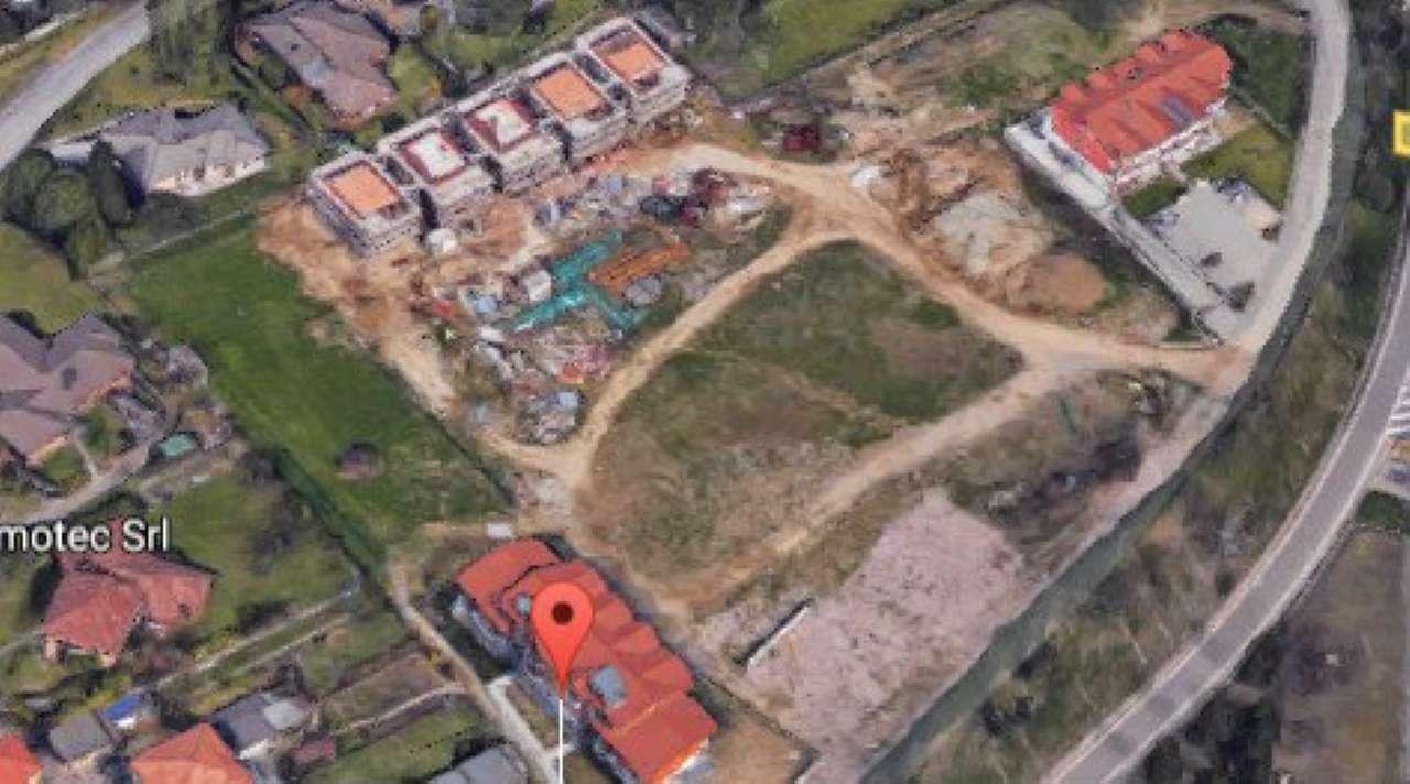 Villa in vendita a Buguggiate, 5 locali, prezzo € 193.838 | Cambio Casa.it