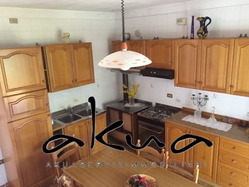 Villa in vendita a Jesolo, 6 locali, prezzo € 338.000 | Cambio Casa.it